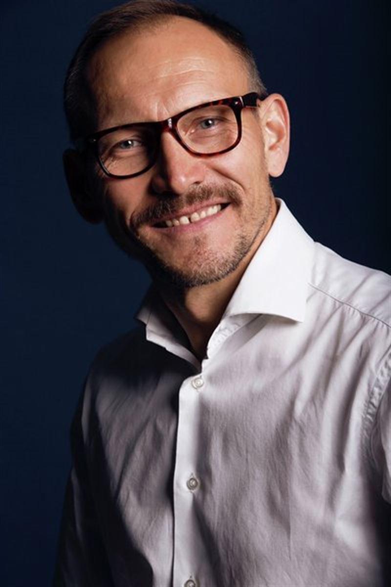 PETER NICOLAS